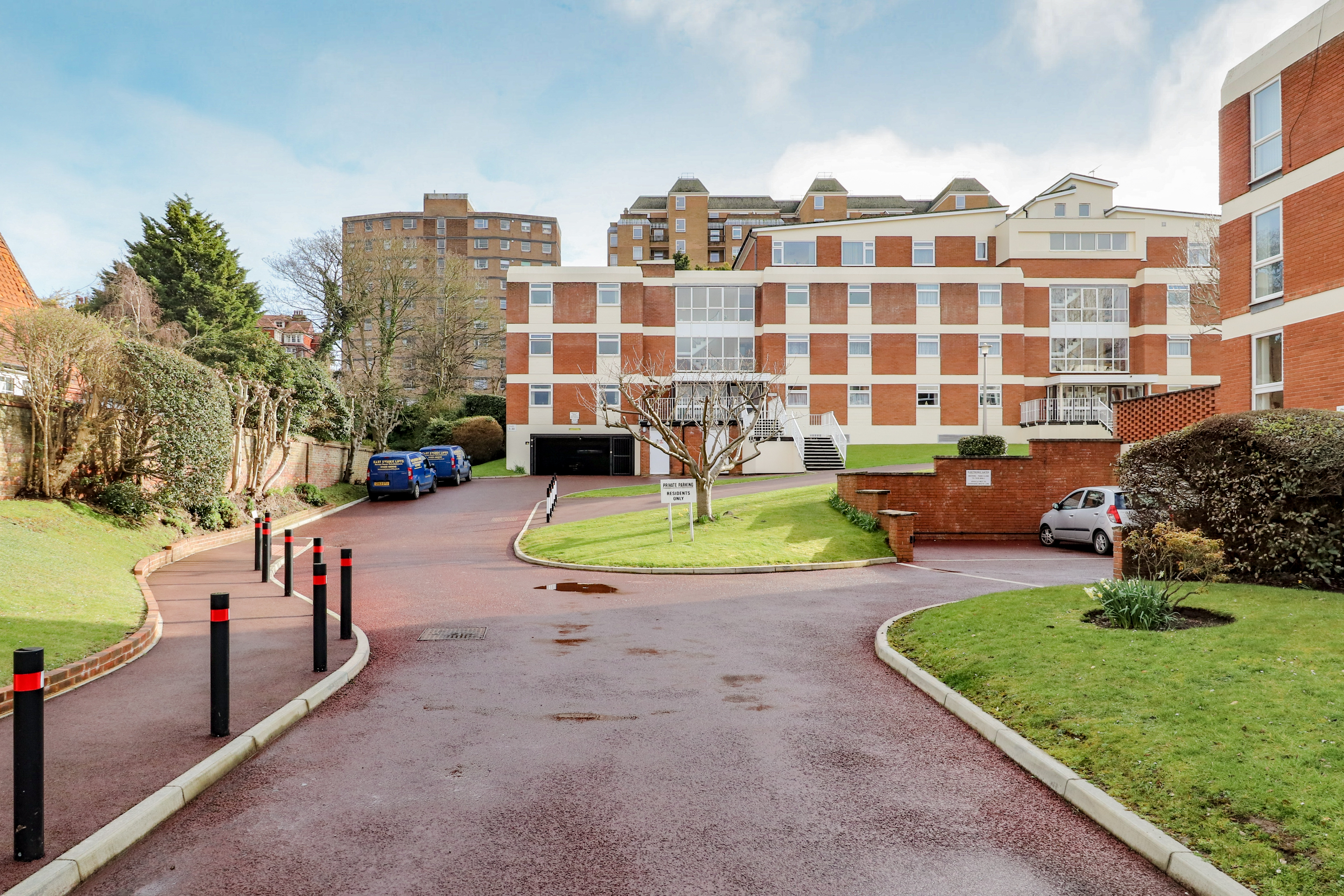 Silverdale Road, Eastbourne, East Sussex, BN20 7AQ