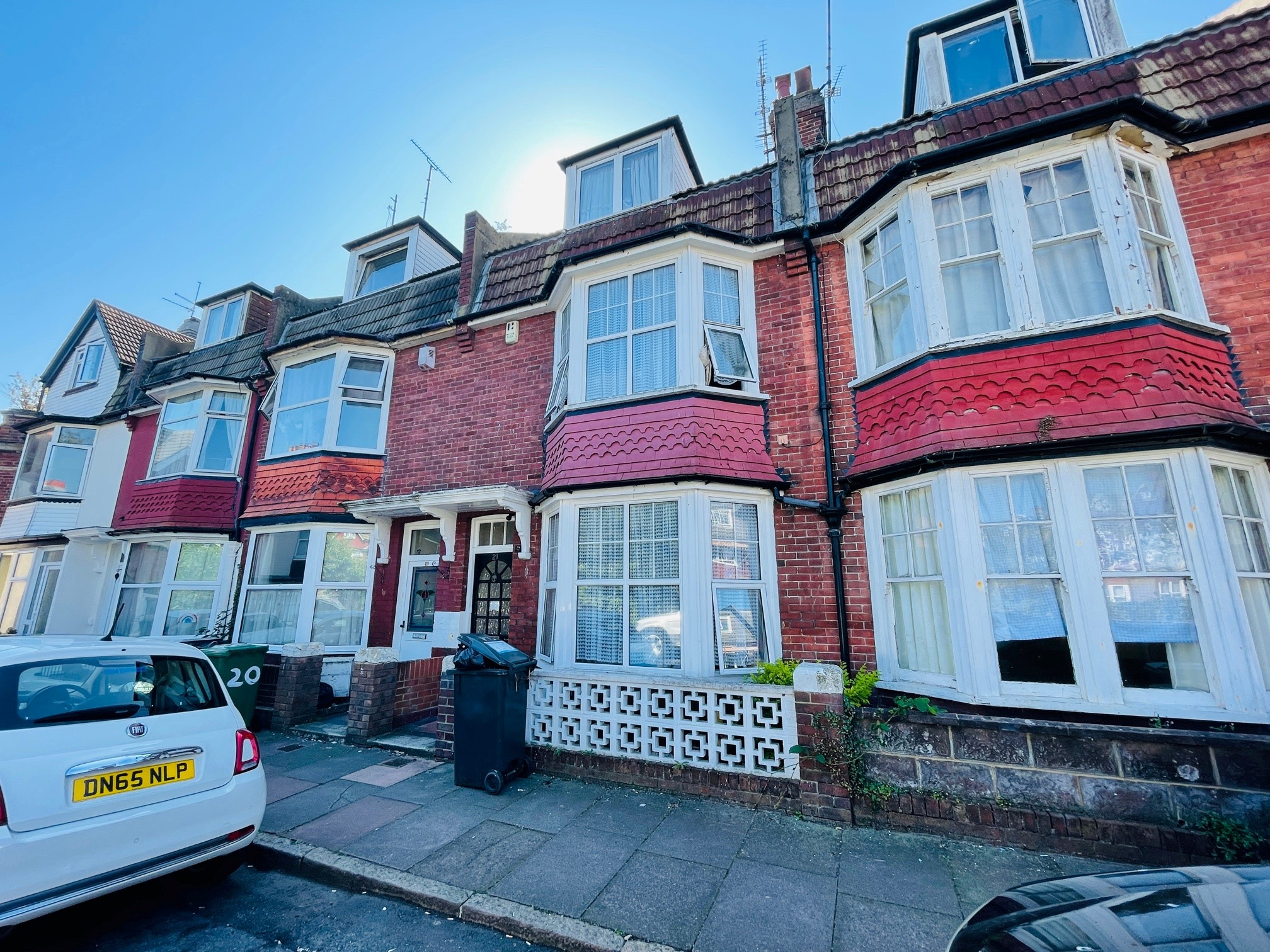Willowfield Square, Eastbourne, East Sussex, BN22 8AN